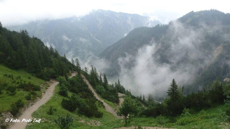 Alpy. Karwendel. Plumssattel