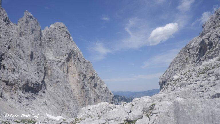 Alpy. Kaisergebirge. Ellmauer Tor