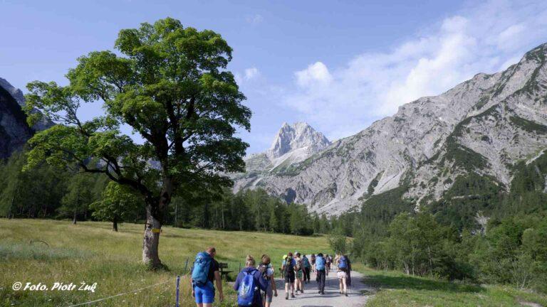 Alpy. Karwendel. Lamsenspitze